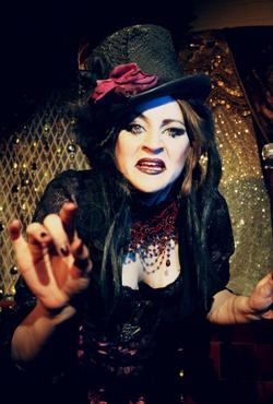 Apple Tart cabaret performer